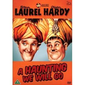 A-Haunting we will go (Helan & Halvan)
